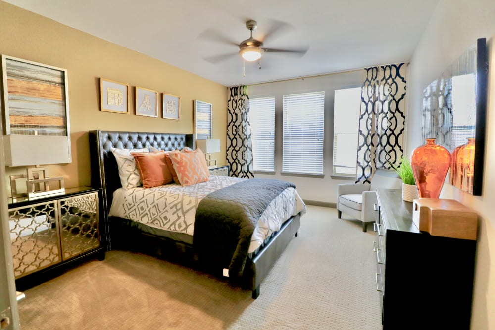 Large bedroom at Watermere at Frisco in Frisco, Texas