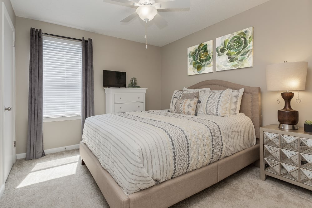 Bedroom at Sheffield Heights Apartment Homes in Nashville, Tennessee