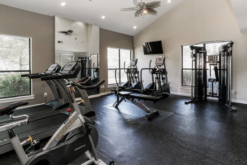Enjoy Apartments with a Gym at Sheffield Heights Apartment Homes
