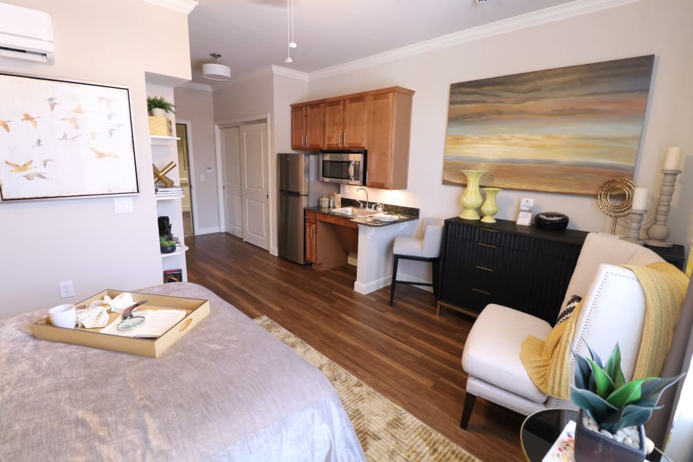 Bright and clean studio apartment at Landing at Watermere Frisco in Frisco, Texas