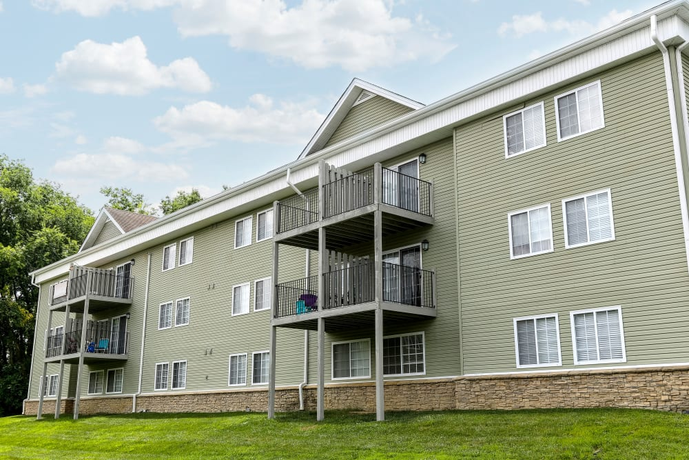 Exterior of our Beautiful Apartments in Hermitage, Tennessee