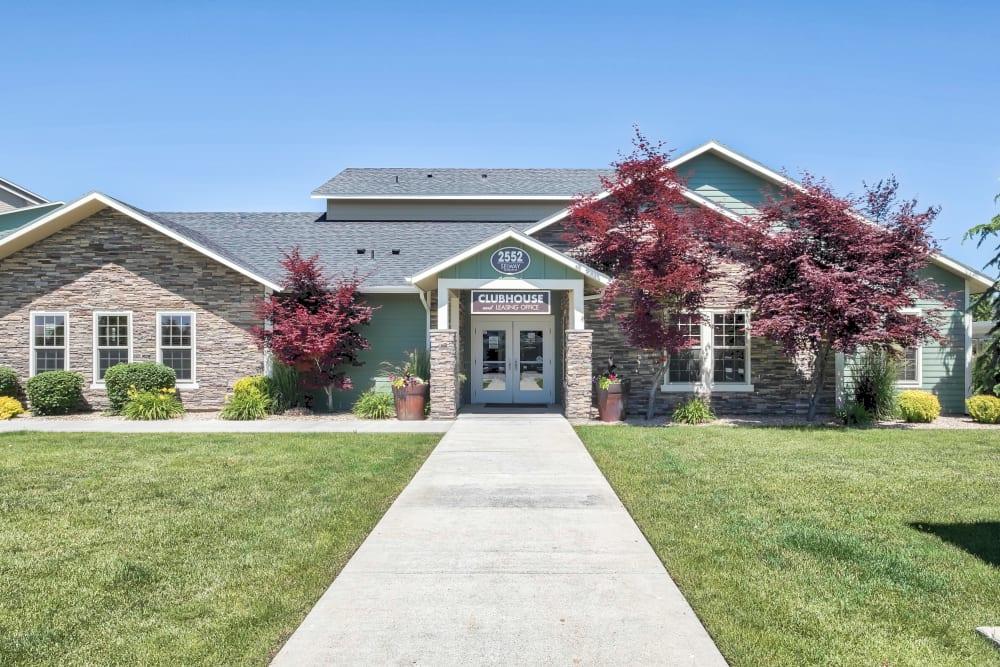 Entryway at Selway Apartments in Meridian, Idaho