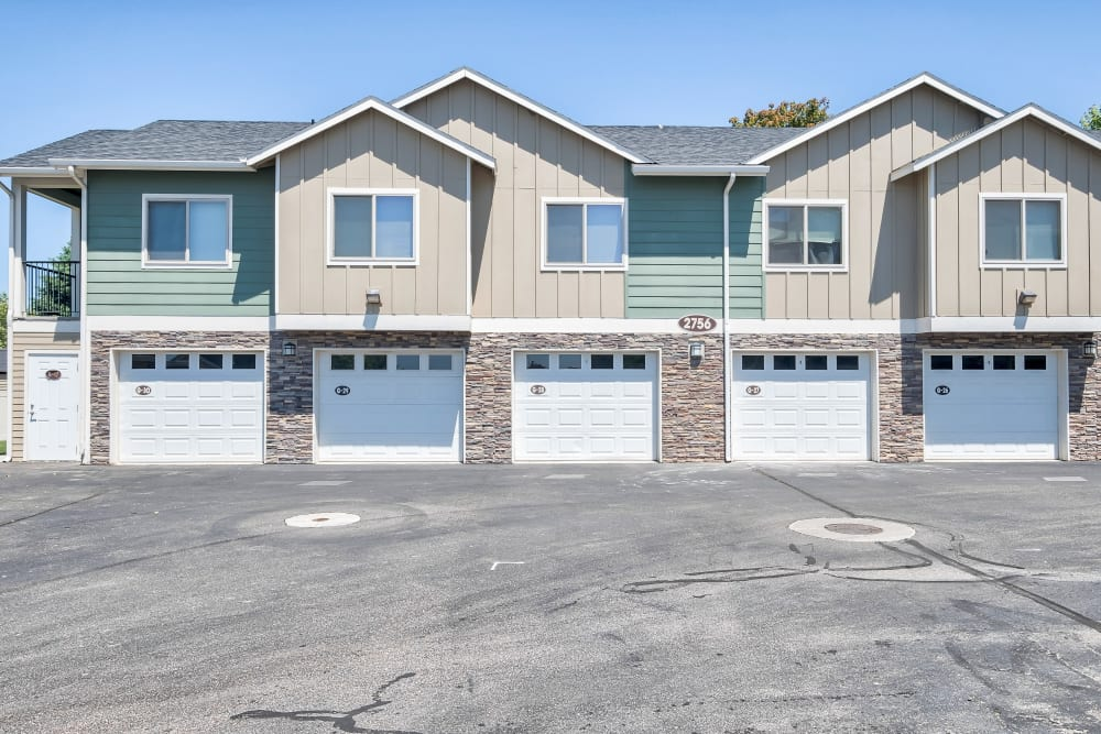 Our Apartments in Meridian, Idaho offer Garages