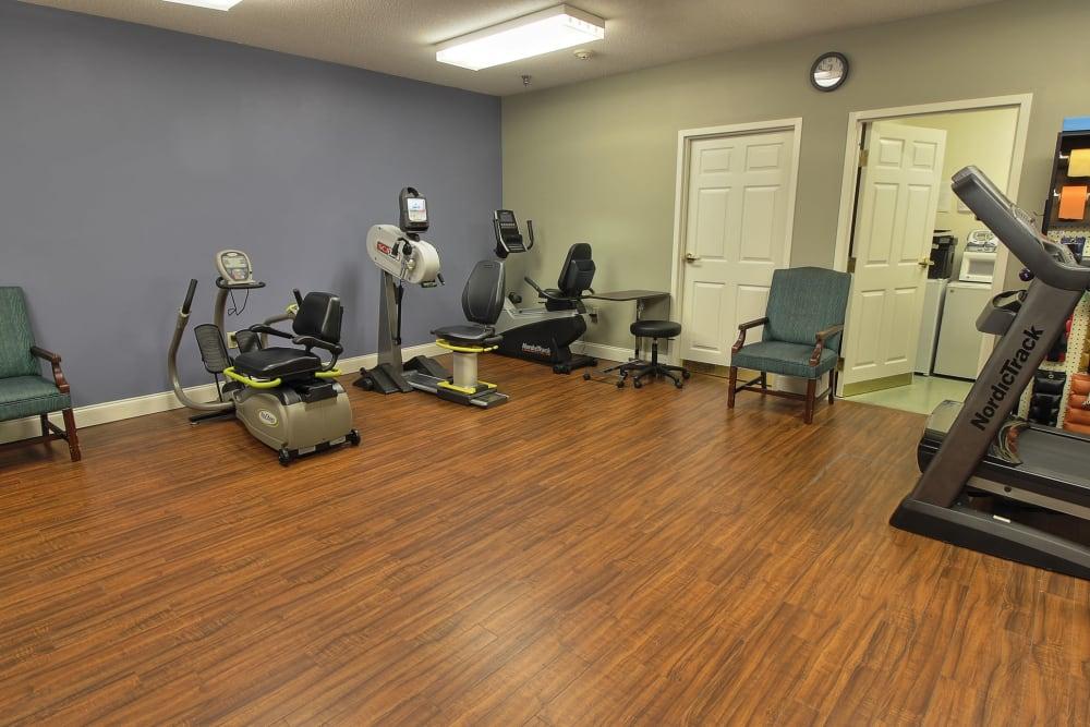 Physical rehabilitation at The Groves at Oak Ridge in Oak Ridge, Tennessee