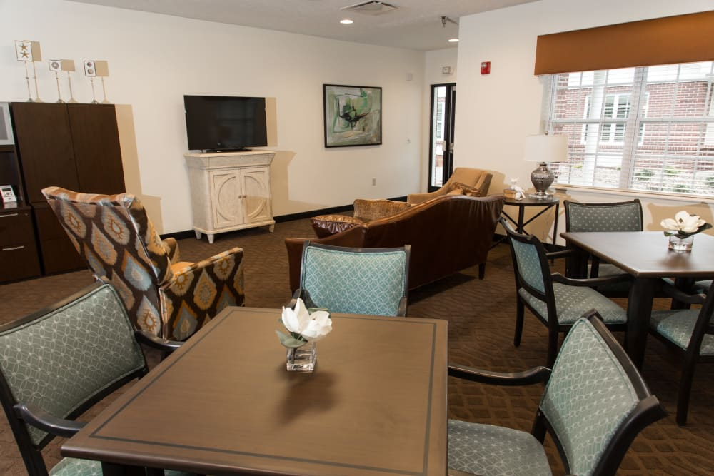 living room in Sanders Ridge Health Campus in Mt Washington, Kentucky