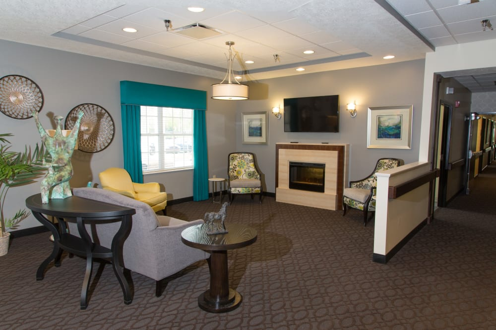 tv room with a fireplace at Sanders Ridge Health Campus in Mt Washington, Kentucky