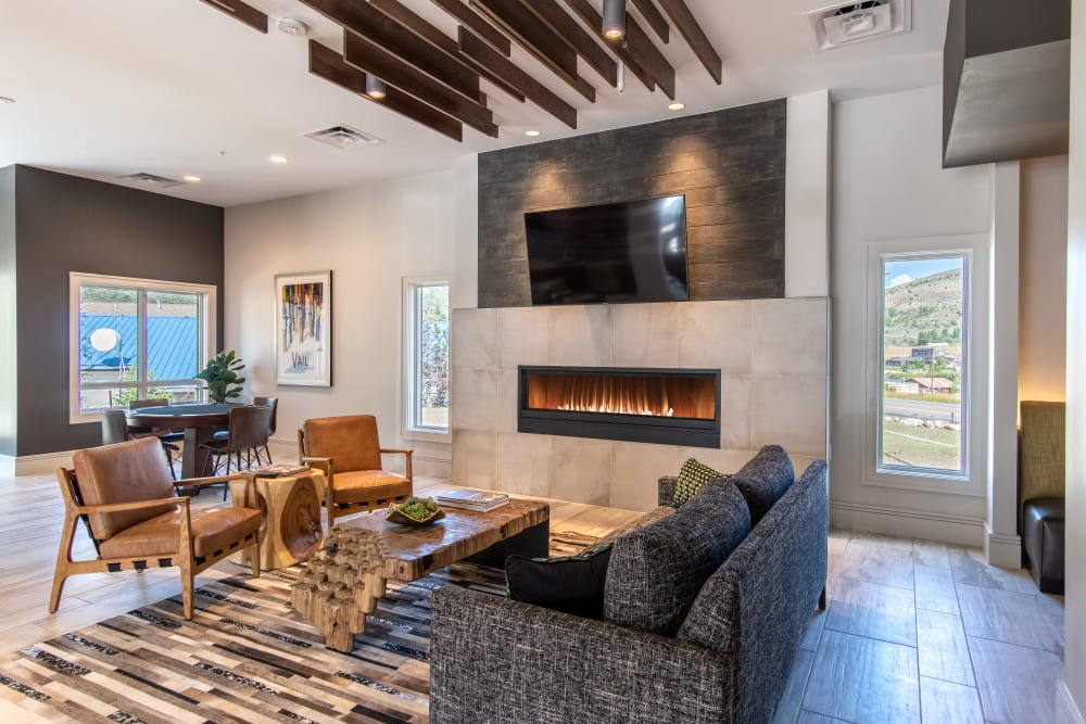 Enjoy Apartments with a Modern Clubhouse at 6 West Apartments