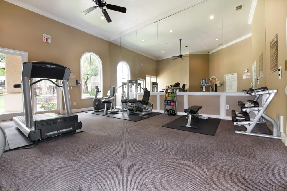 Briargrove at Vail offers a Gym in Dallas, Texas