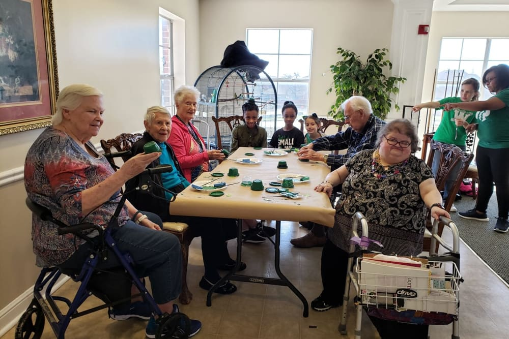 Residents crafting together at Parsons House Frisco in Frisco, Texas