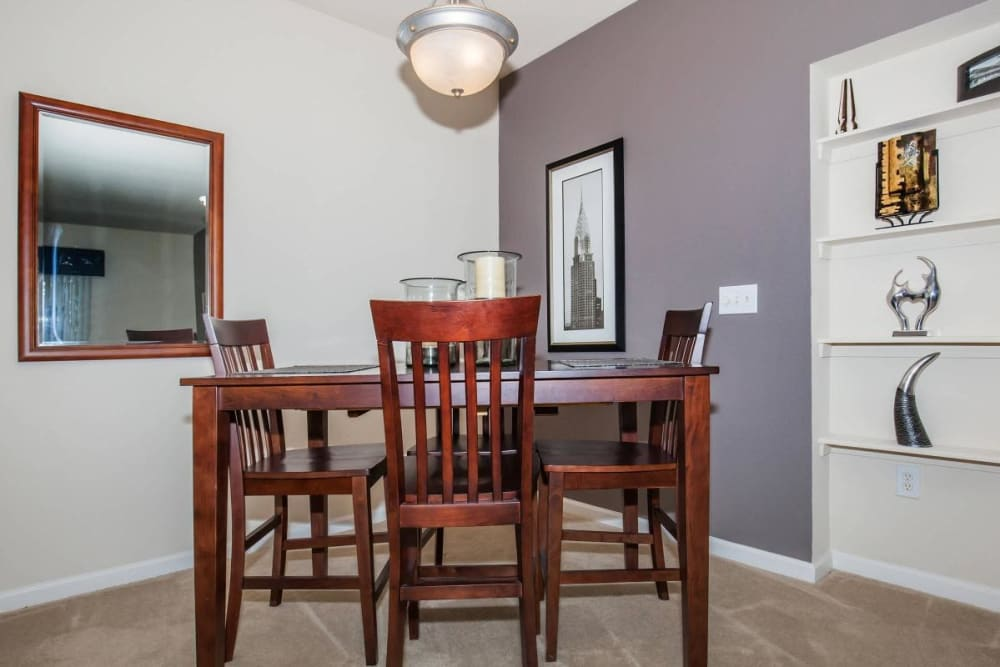 Dining room table example at Echo Ridge Apartments in Indianapolis, Indiana