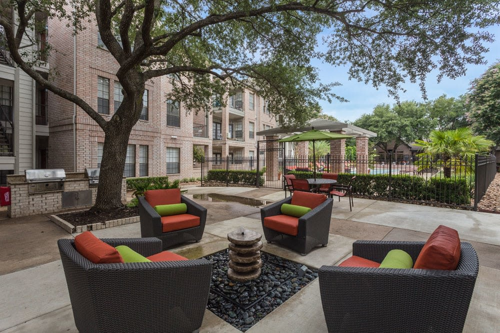 Outdoor seating at Greenbriar Park in Houston, Texas