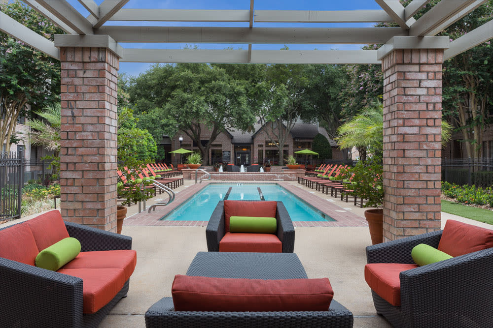 Outdoor seating under awning at Greenbriar Park in Houston, Texas