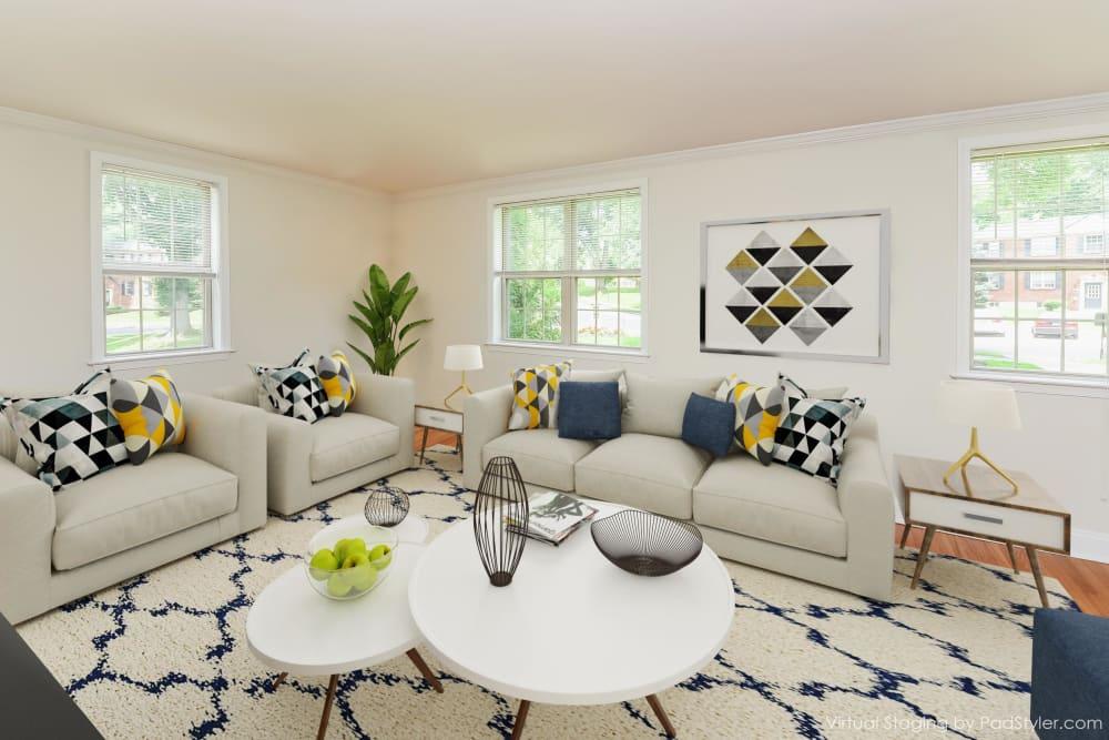 Living Room at The Villas at Bryn Mawr Apartment Homes in Bryn Mawr, Pennsylvania