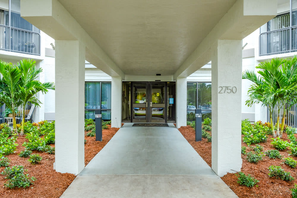 Front entrance at Grand Villa of Clearwater in Florida