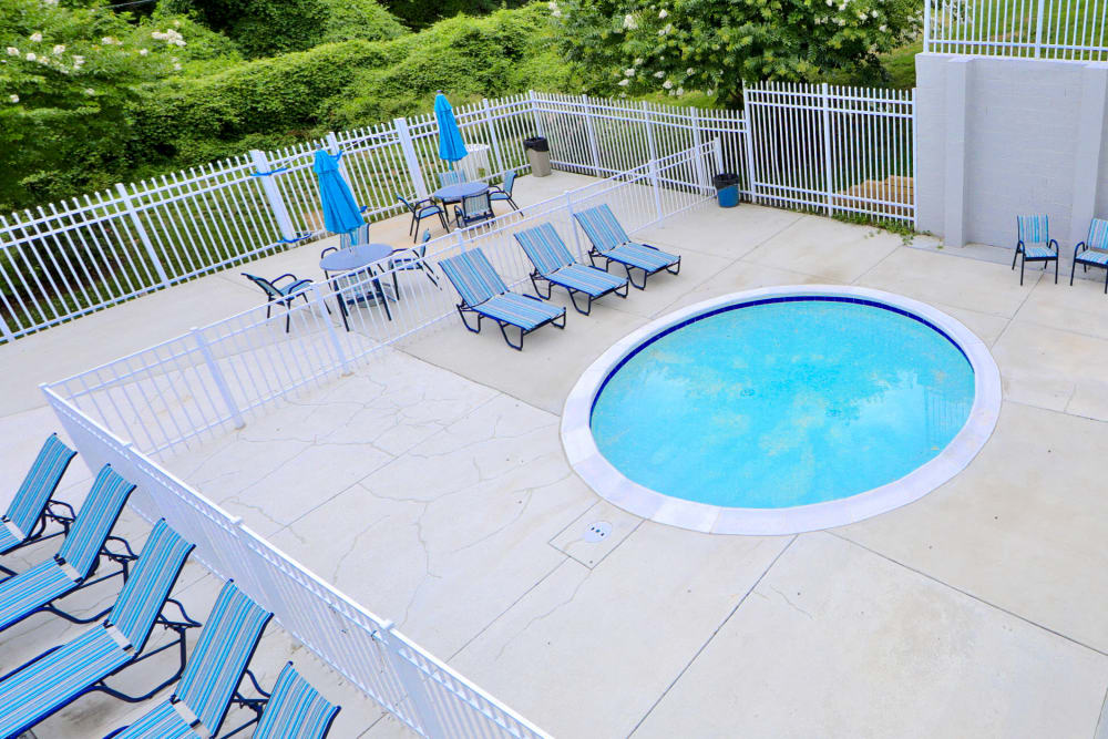 Our Apartments in Alexandria, Virginia offer a Hot Tub