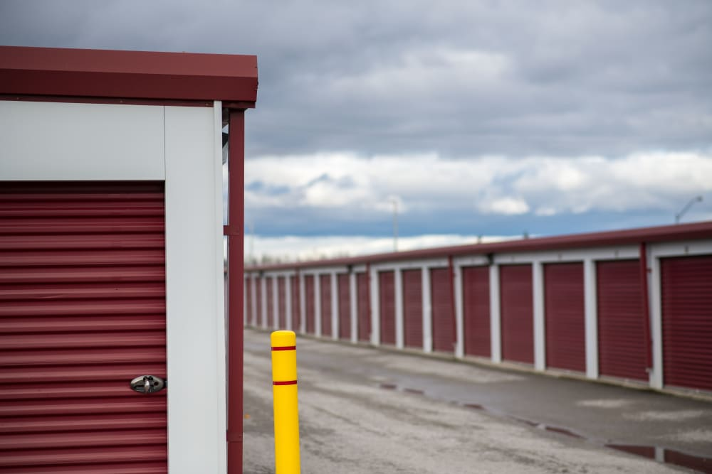 Exterior storage units at Apple Self Storage - East Gwillimbury in East Gwillimbury, Ontario