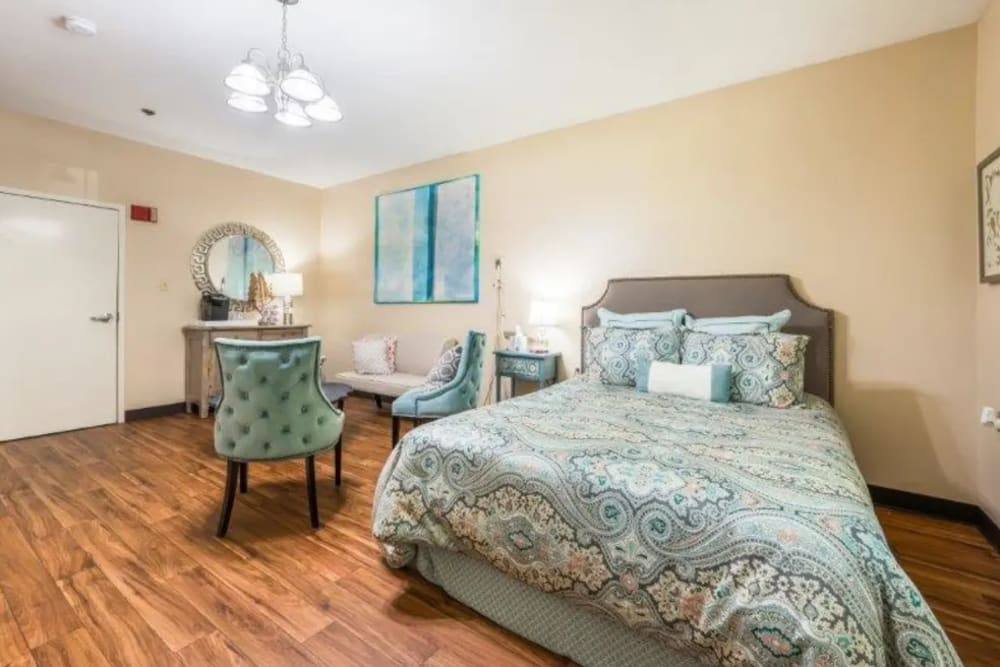 Large bedroom at Briar Glen Alzheimer's Special Care Center in Hoover, Alabama