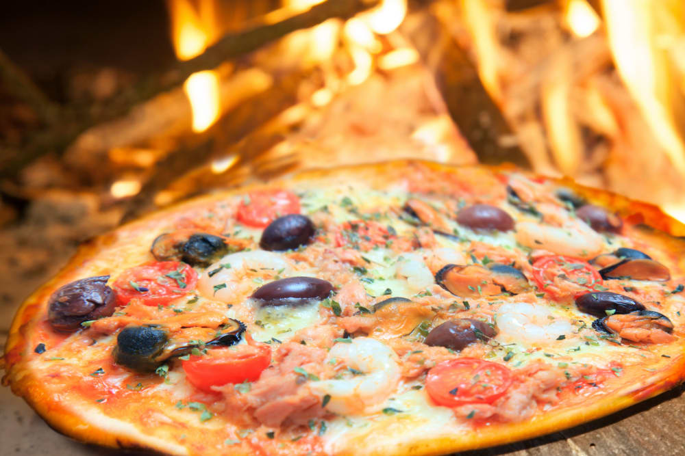 Pizza fresh out of the oven at Reserve Pointe Apartments in Canandaigua, New York