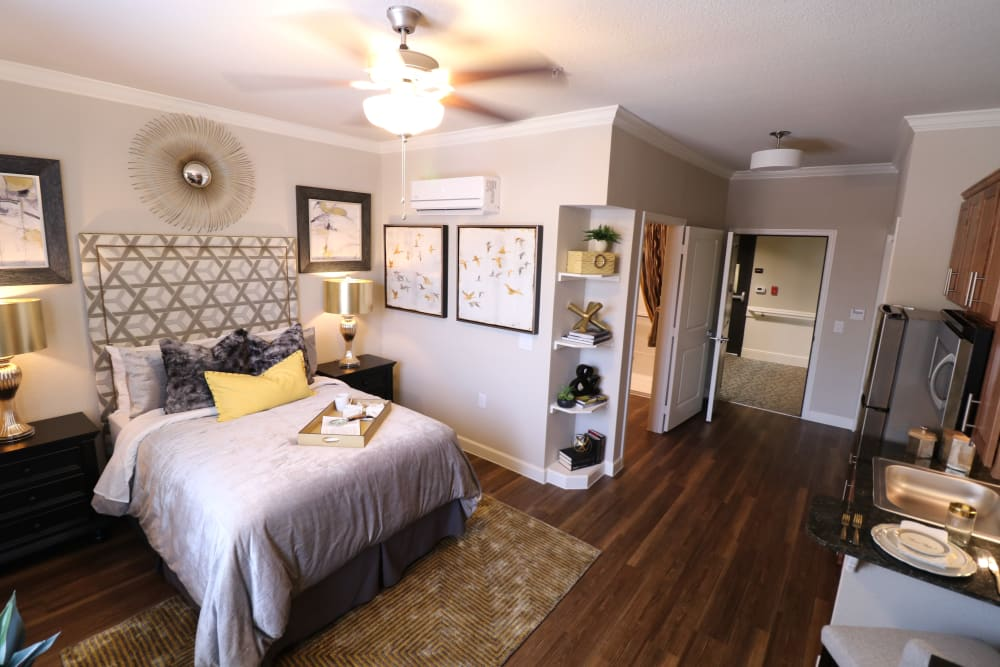 The bedroom of an apartment at Landing at Watercrest Shadow Creek Ranch in Pearland, Texas