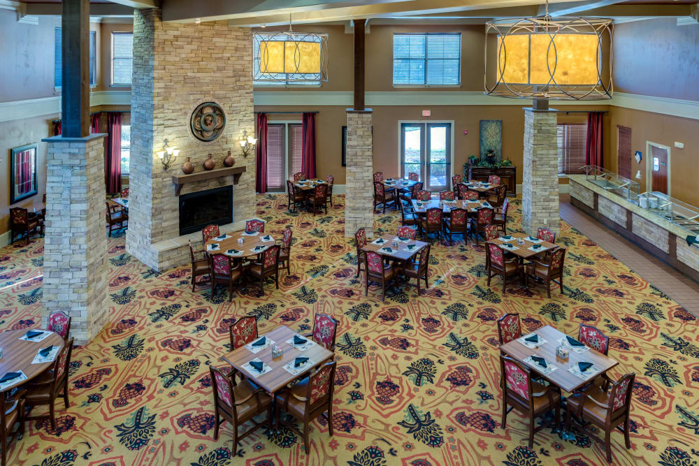 The dining room at Watercrest at Bryan in Bryan, Texas