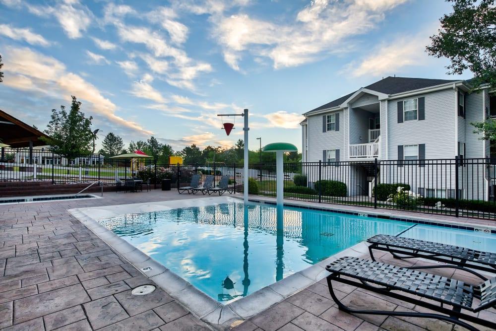 Enjoy Apartments with a Swimming Pool at Vistas at Stony Creek Apartments