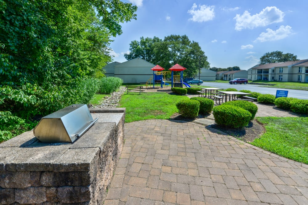 BBQ Area at Willowbrook Apartments in Jeffersonville, Pennsylvania