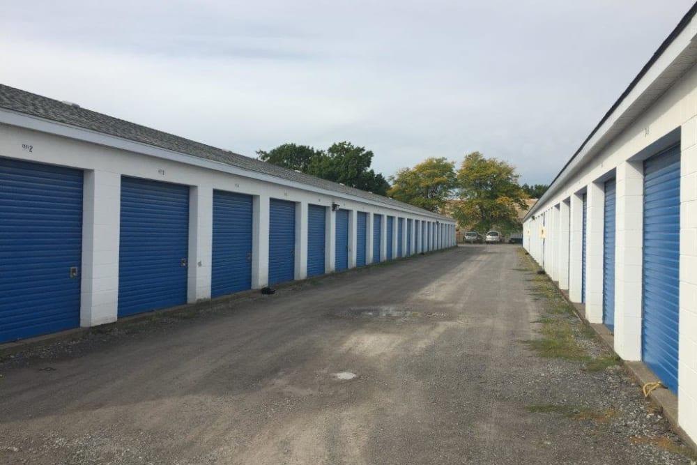 Storage units at Apple Self Storage - Niagara Falls - Kent in Niagara Falls, Ontario