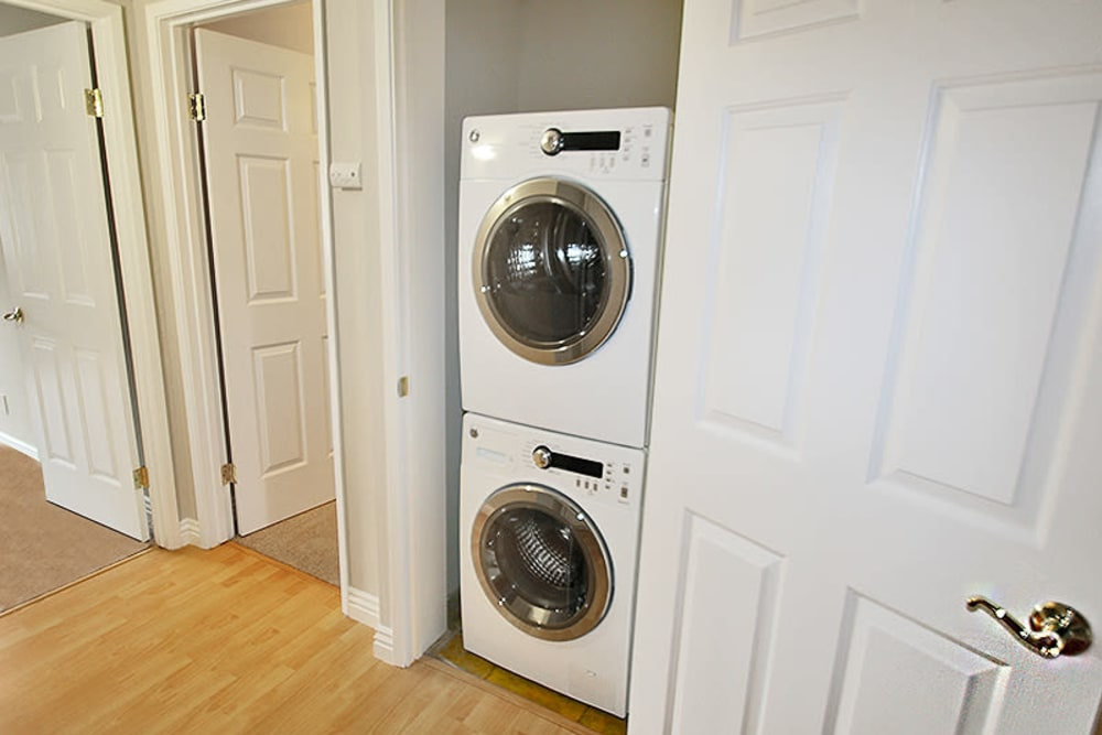 Convenience amenities at Glenbrook Apartments in Cupertino, California