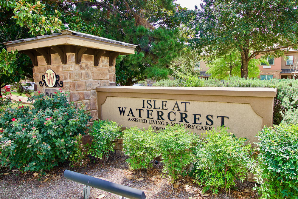 The sign in front of Isle at Watercrest Mansfield in Mansfield, Texas