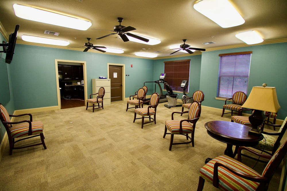 A workout room at Isle at Watercrest Mansfield in Mansfield, Texas