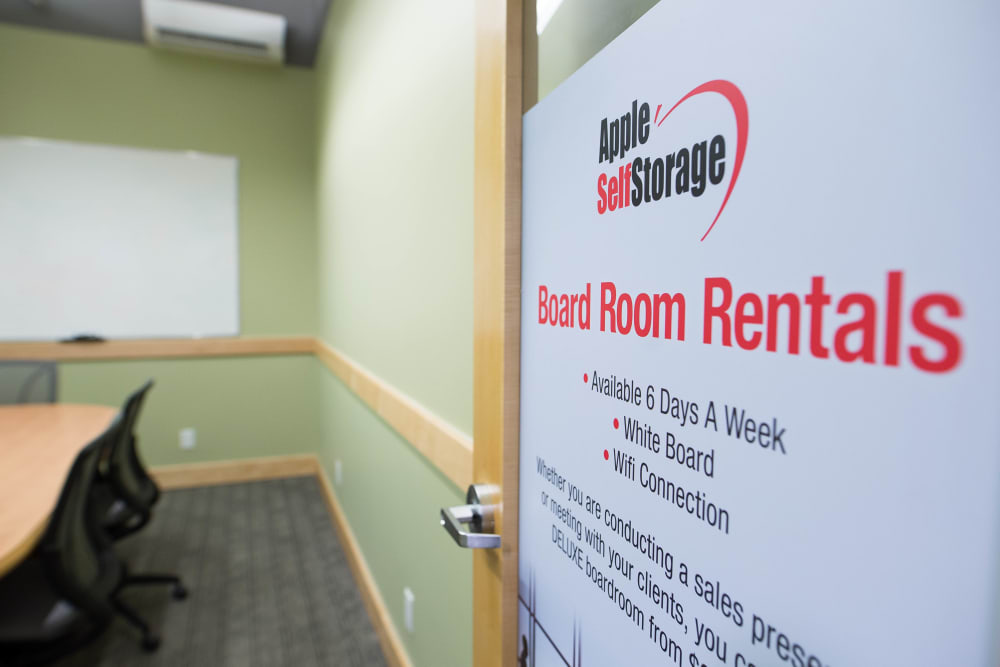 Room rentals available at Apple Self Storage - Toronto Downtown in Toronto, Ontario