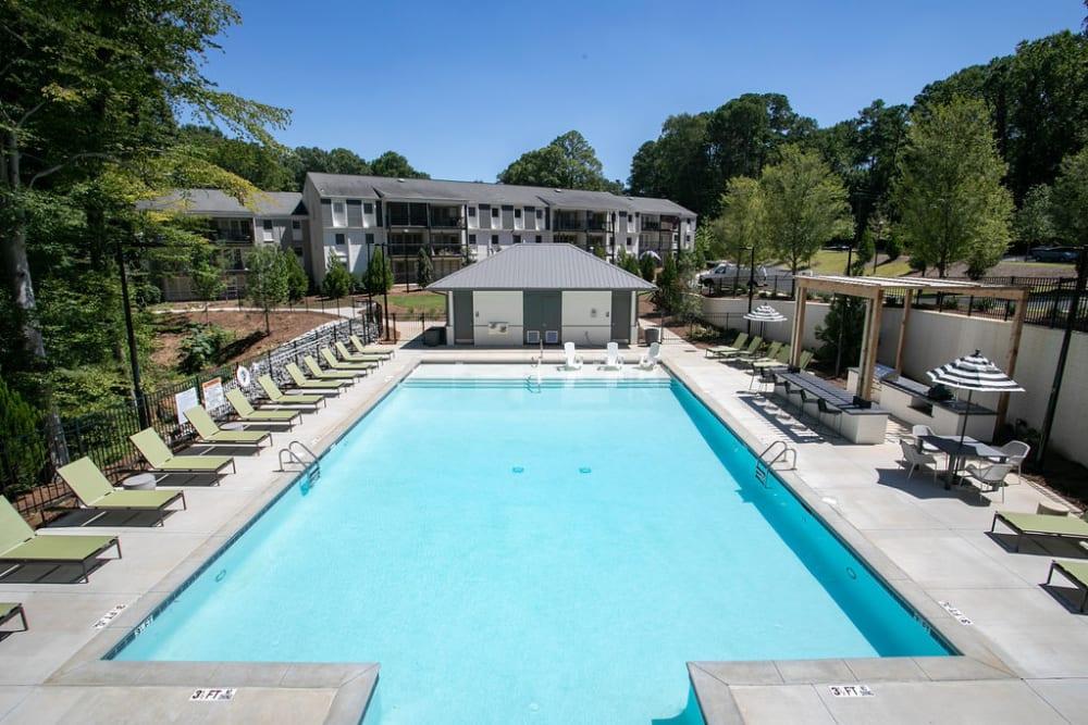 Swimming pool at The Ashford Apartment Homes