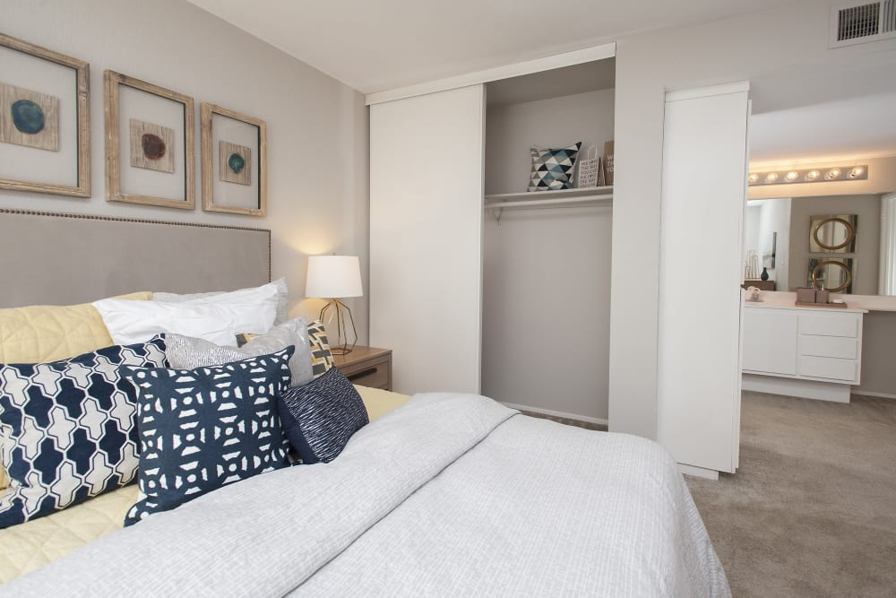 Bedrooms with private bathrooms at Shore Park at Riverlake in Sacramento, California