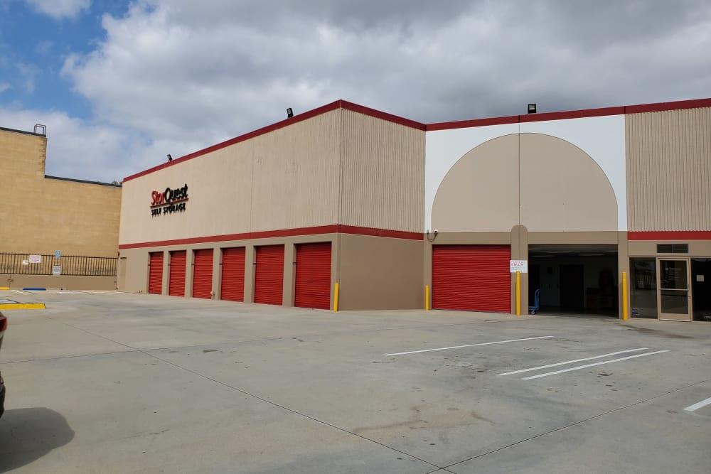 Exterior at StorQuest Self Storage in Torrance, CA