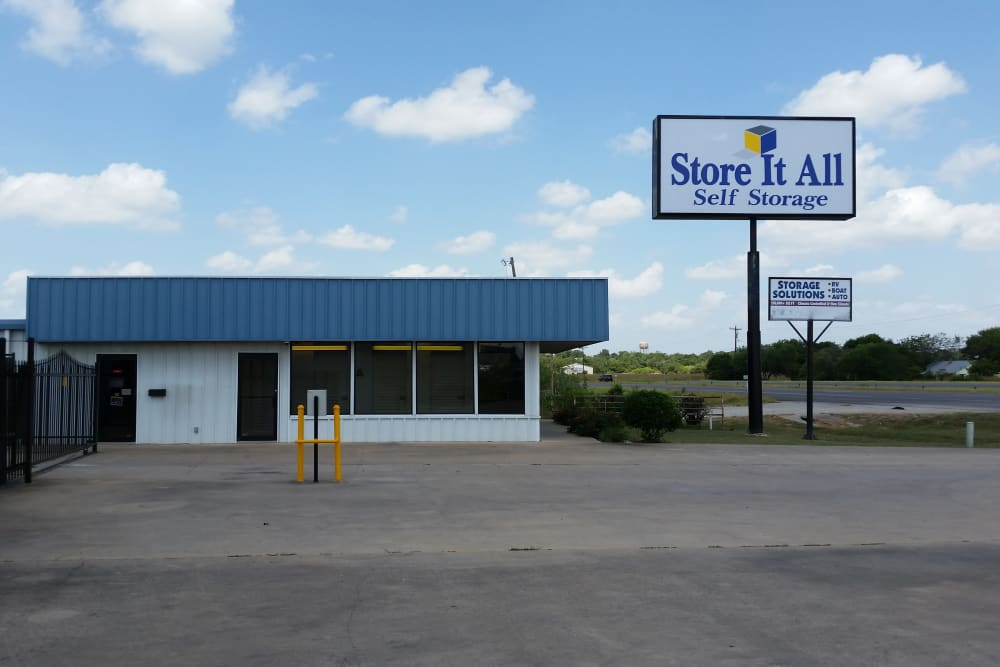 The front of the building at Store It All Self Storage - Del Valle in Del Valle, Texas