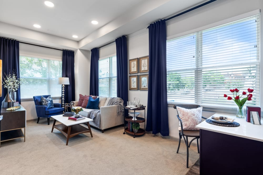 A furnished apartment living room at Anthology of the Plaza in Kansas City, Missouri