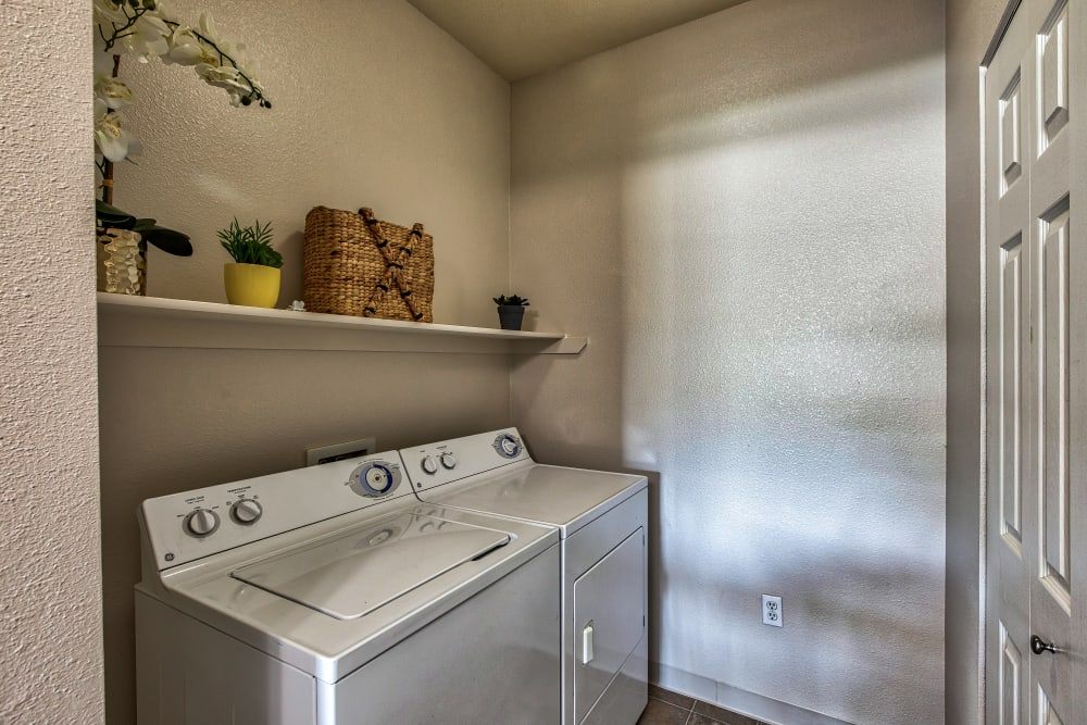 Apartments with a Washer/Dryer in Brighton, Colorado