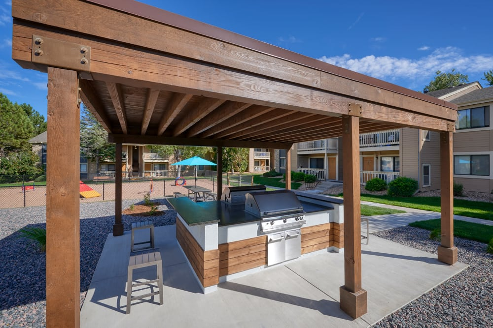 BBQ area at City Center Station Apartments in Aurora, Colorado