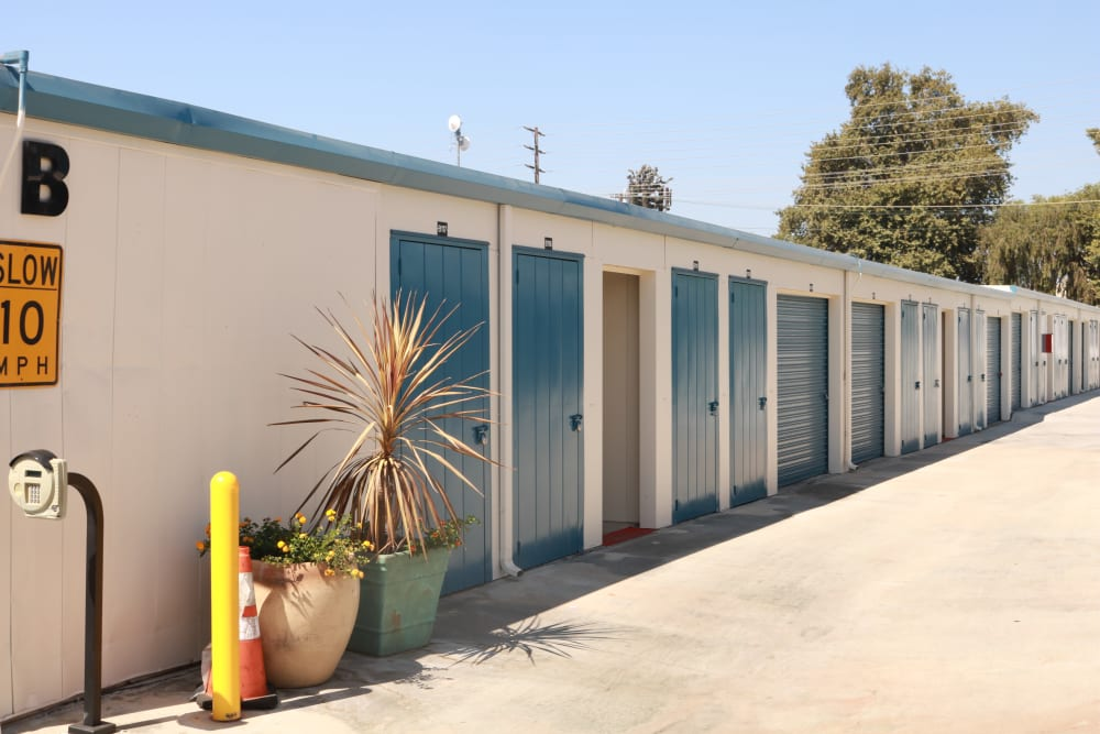Examples of units at Golden State Storage - Northridge