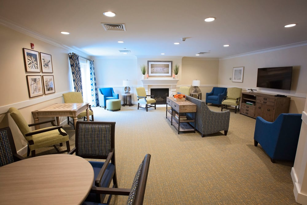 Resident community area at Artis Senior Living of Eatontown in Eatontown, New Jersey