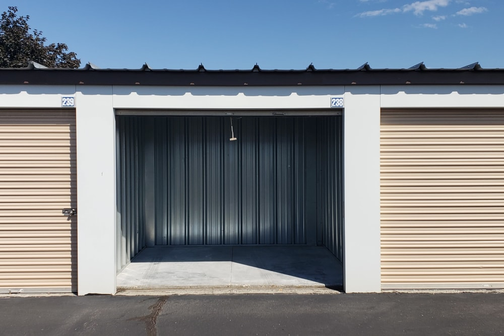 Outdoor Storage Units at Storage Etc Kearns