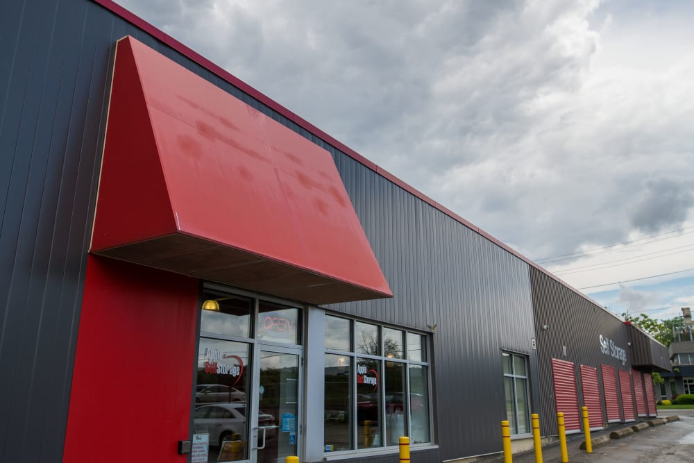 Entrance to Apple Self Storage - Waterloo in Waterloo, Ontario