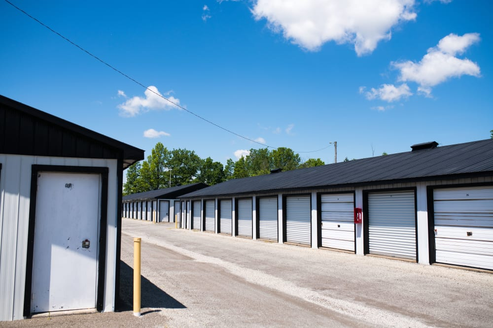 Wide driveways at Bronco Mini Storage in Welland, Ontario