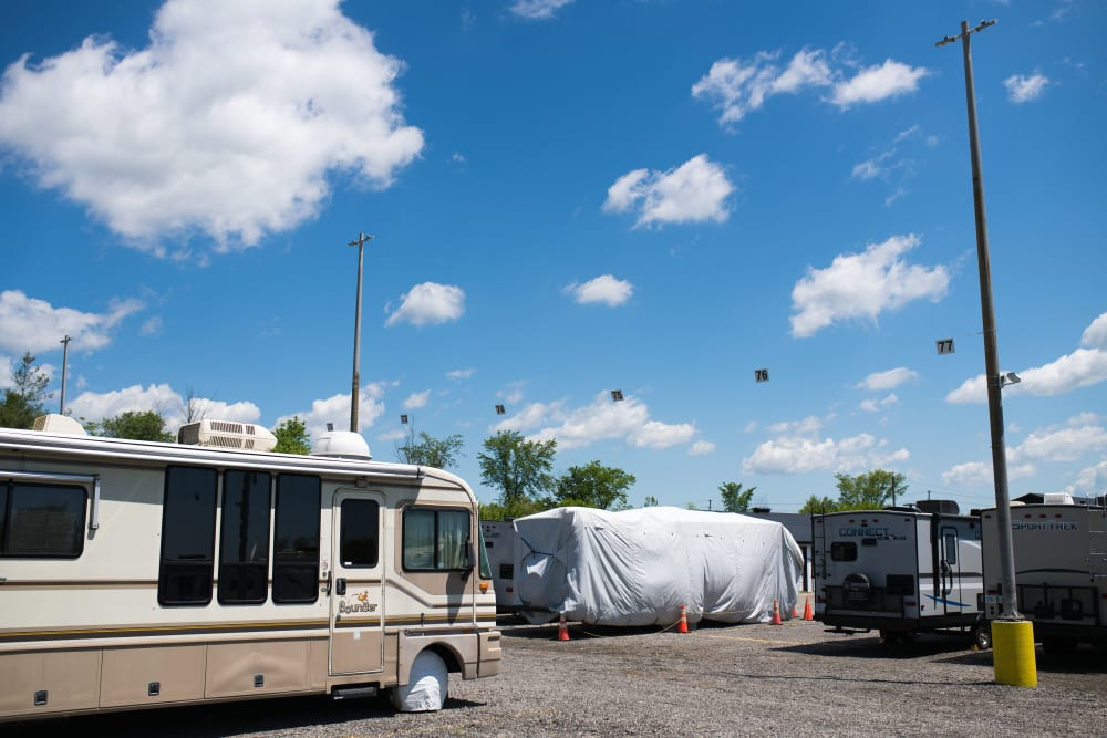 Store your RV at Bronco Mini Storage in Welland, Ontario