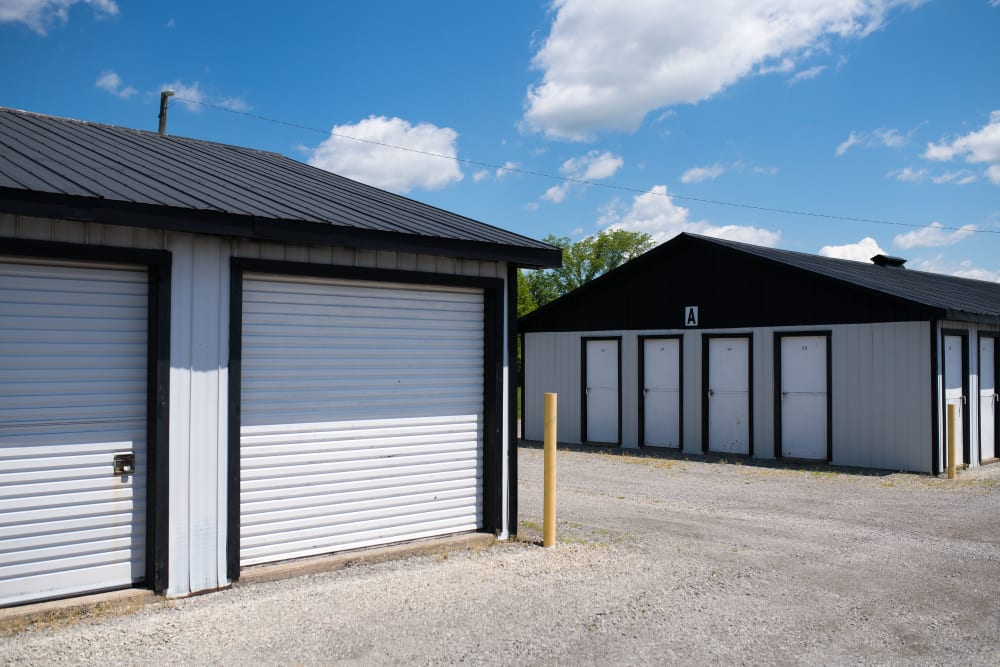 Drive up access to units at Bronco Mini Storage in Welland, Ontario