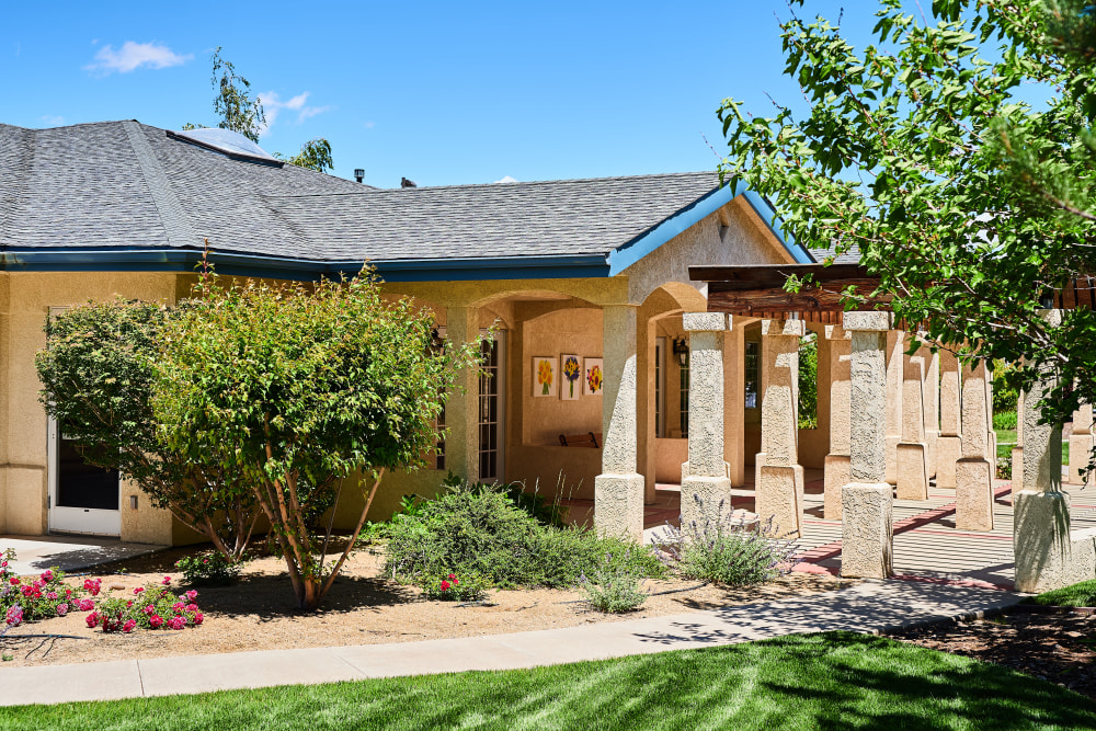 Beautiful landscaping at Arbors Memory Care in Sparks, Nevada