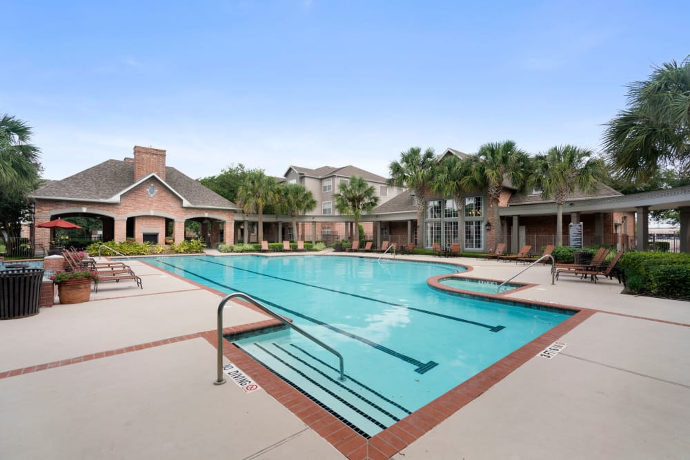 Pool Area at Southwind at Silverlake Apartments in Pearland, TX