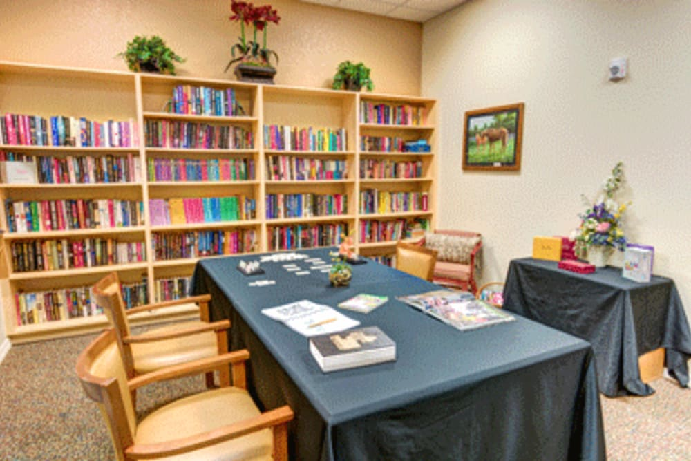 Resident library at Brentwood at Fore Ranch in Ocala, Florida.