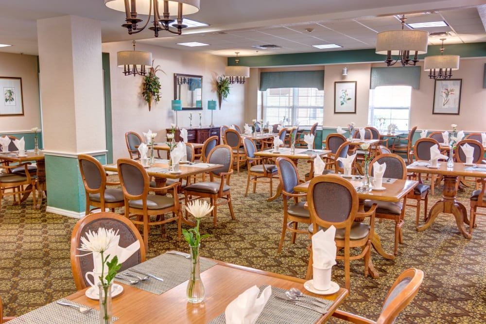 Large dining room for residents at Brentwood at St. Pete in St. Petersburg, Florida.