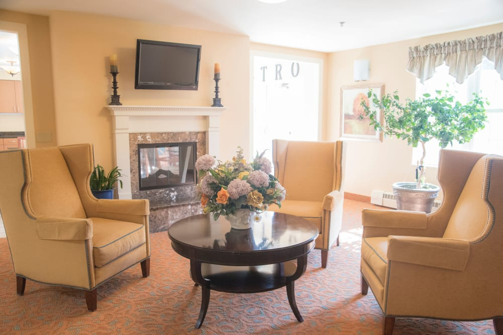 Lounge at Brookridge Heights